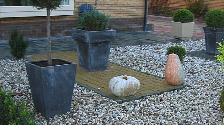 Najaarsvergadering nkvf regio friesland beetsterzwaag 28 oktober 2006 for Tuin decoratie met stenen